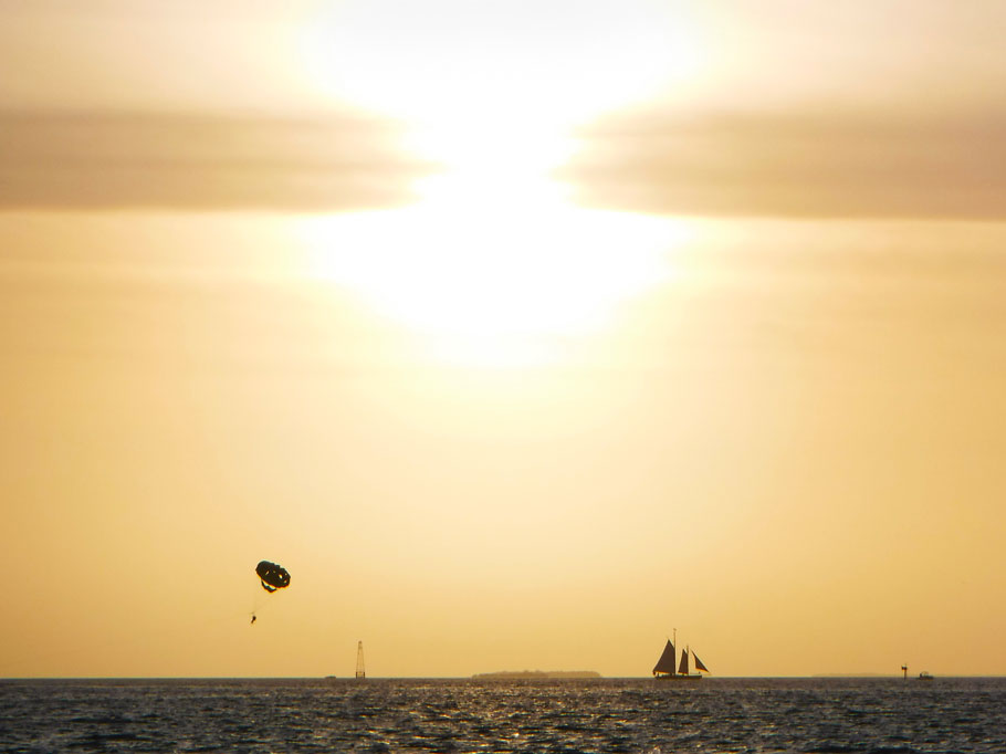 Because Greg has been laid up, we have not had the opportunity to go anywhere. We are anchored out in no mans land between derilict boats and full time live aboards. There isn't much activity besides sailing boats and parasailers in the distance.