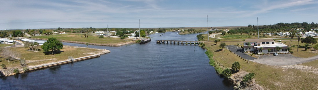 View of the Caloosahatchee River/Okeechobee Waterway and the Moore Haven Lock.